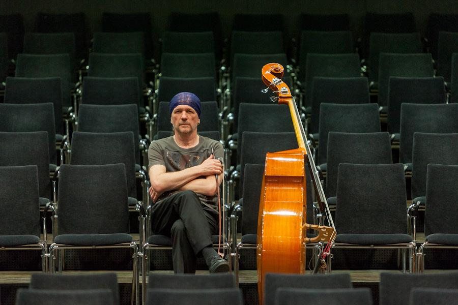 Bassist Reinhard Ziegerhofer